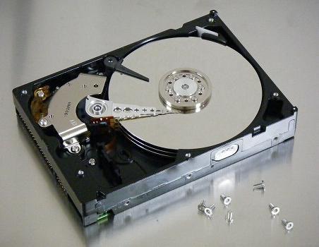HDDが突然読み込めなくなった原因は電源の故障だった