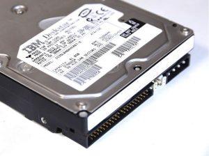 古いIDE規格のHDDからデータを取り出す方法
